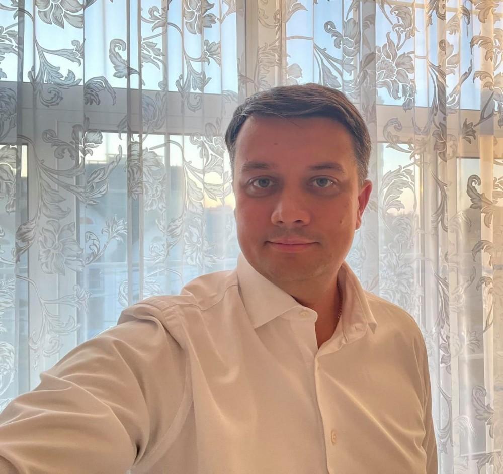 Второй раз за год // Спикер Рады Разумков заболел коронавирусом
