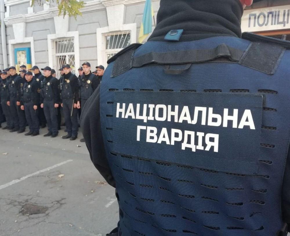 Бездомные пытались украсть детали криоцилиндров // В одесских больницах будет дежурить Нацгвардия