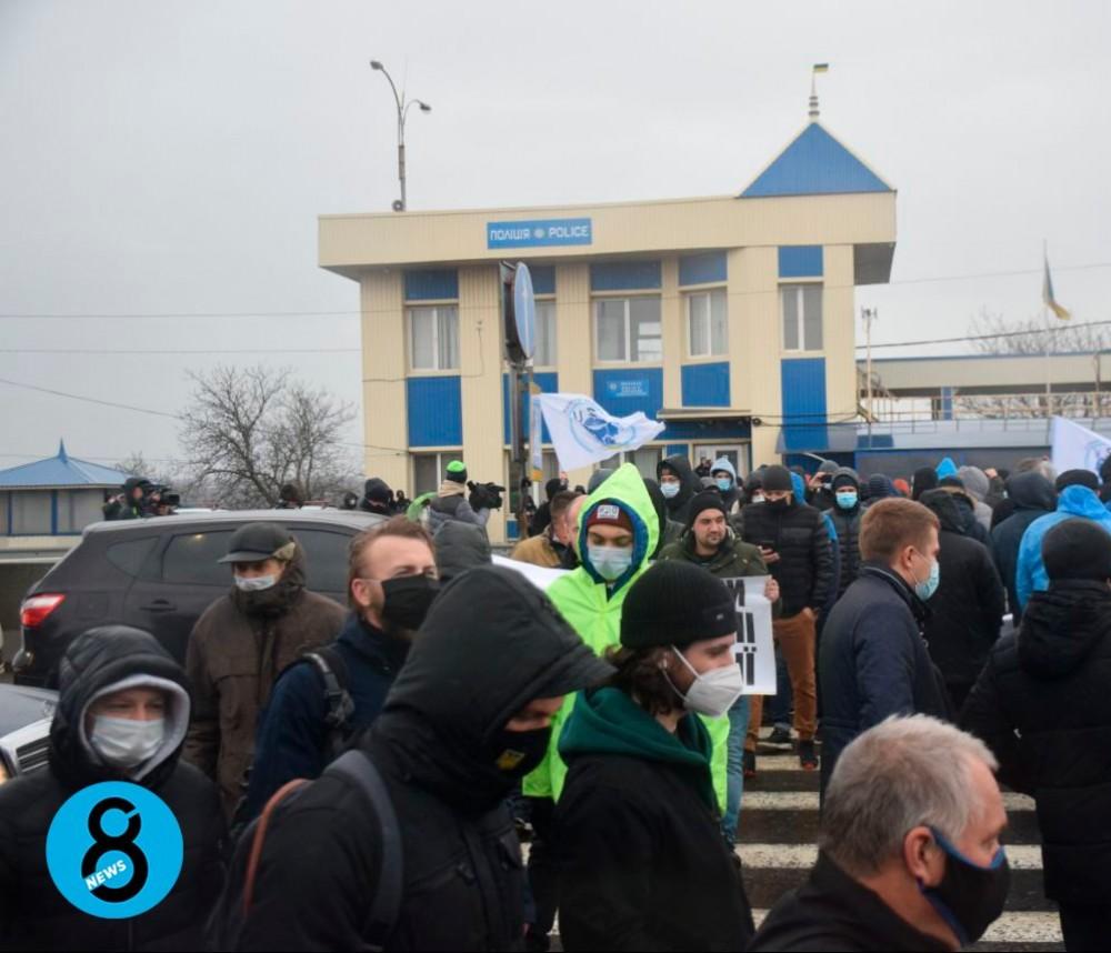 Протест моряков // У КПП «Дачное» перекрыли дорогу (UPD)