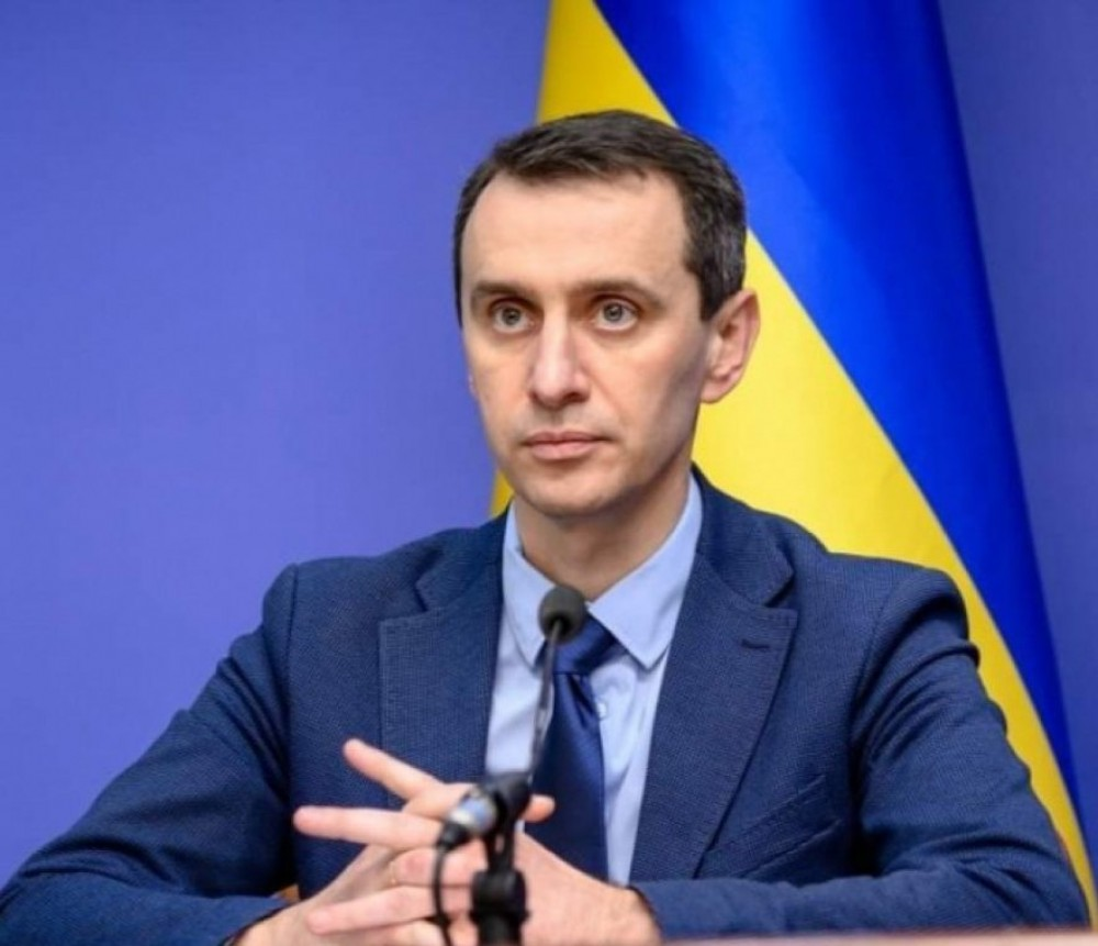 Главный санитар Украины привился от короны вслед за Зеленским и Степановым