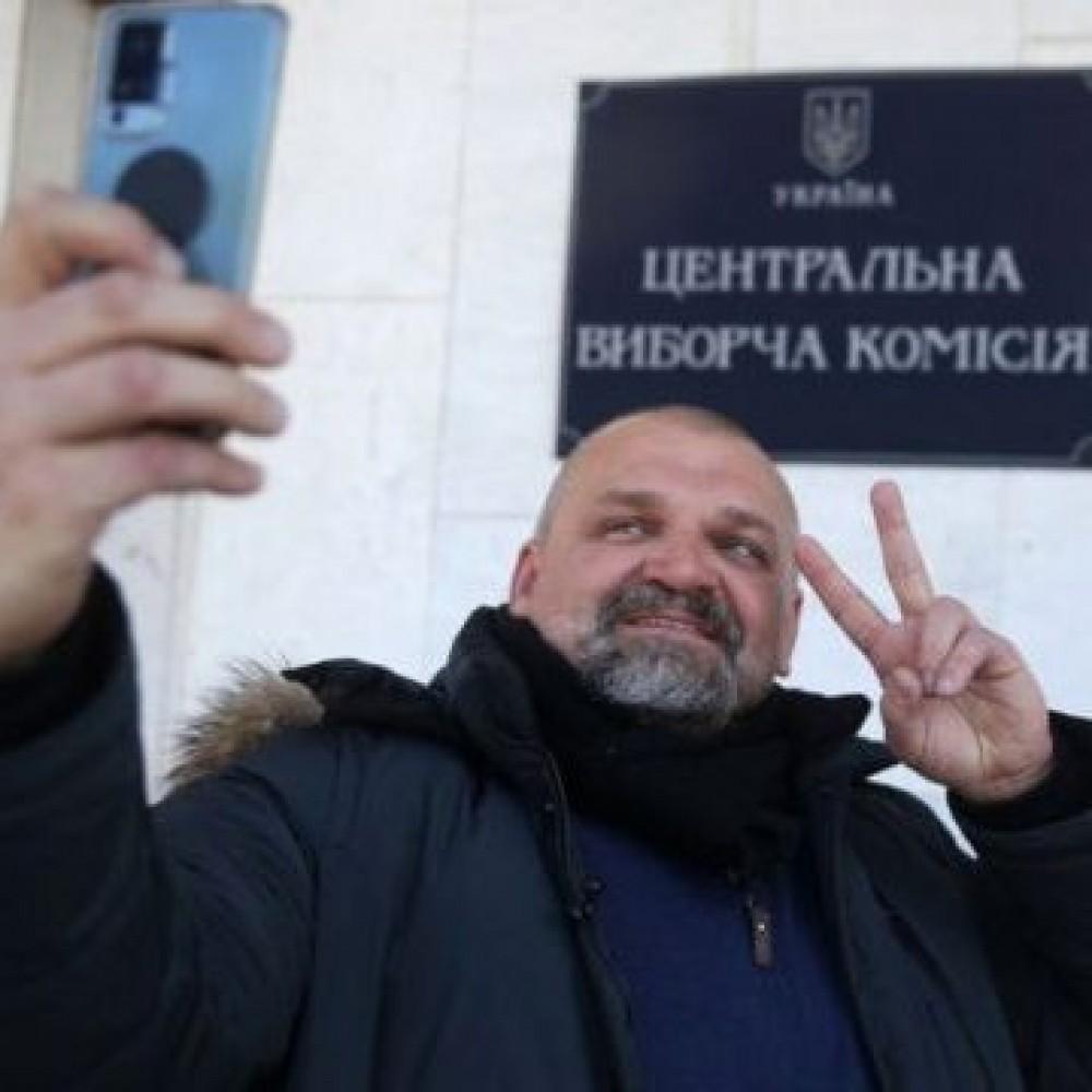 В Украине +1 нардеп // На выборах в 87-и округе победил Василий Вирастюк