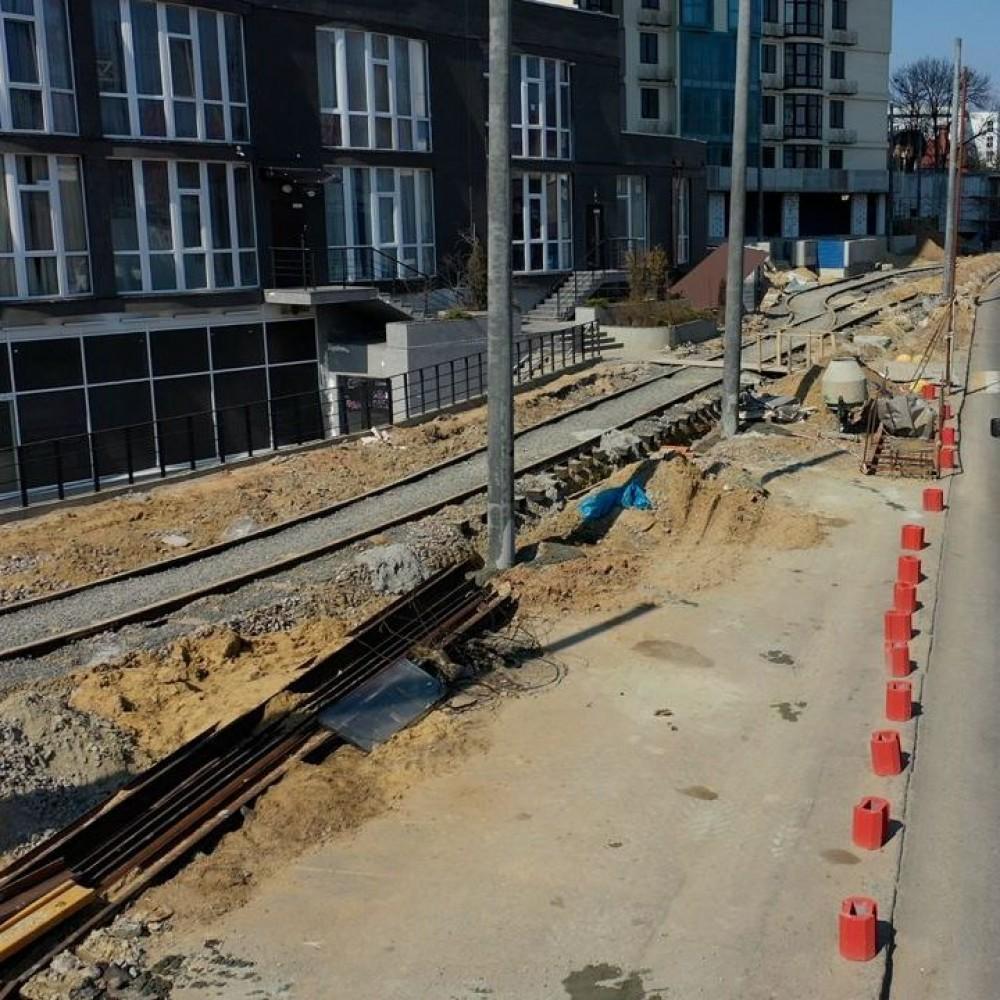 Работы по переносу трамвайного кольца на 16-й Фонтана в разгаре // Уже в апреле 18-й трамвай вернется на конечную