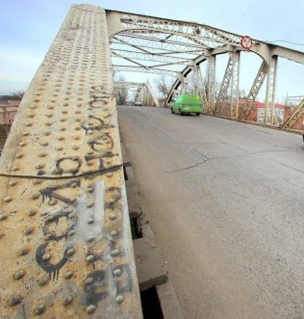 Горбатый мост могут закрыть // Вместо Ивановского построят новый