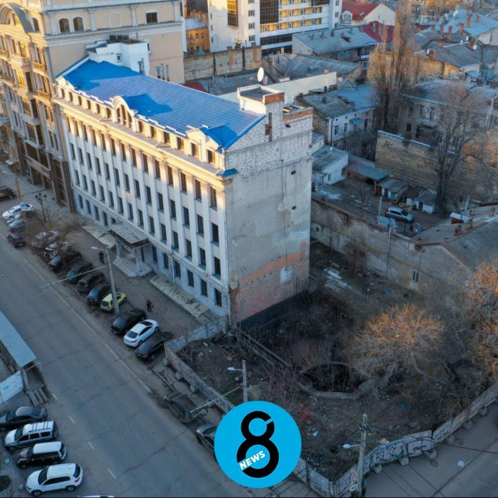 Одесские таможенники со скрежетом передали свое здание ГБР