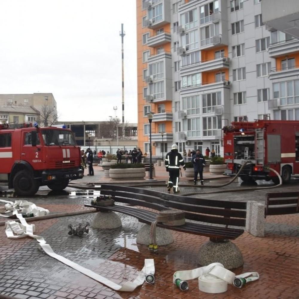 Без пострадавших // В 25-этажном ЖК «Апельсин» случился пожар