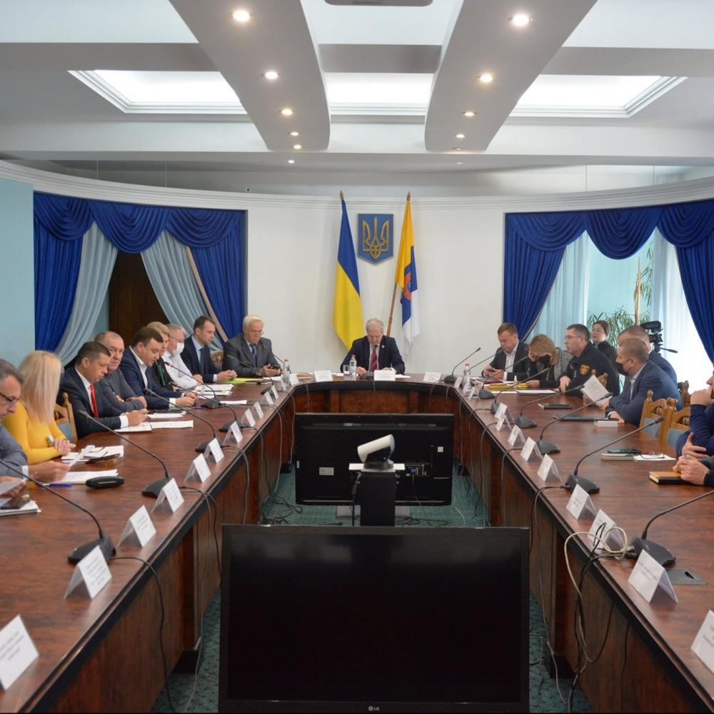 В Одесской области могут ввести режим ЧС // 221 бюджетное заведение под угрозой остаться без отопления