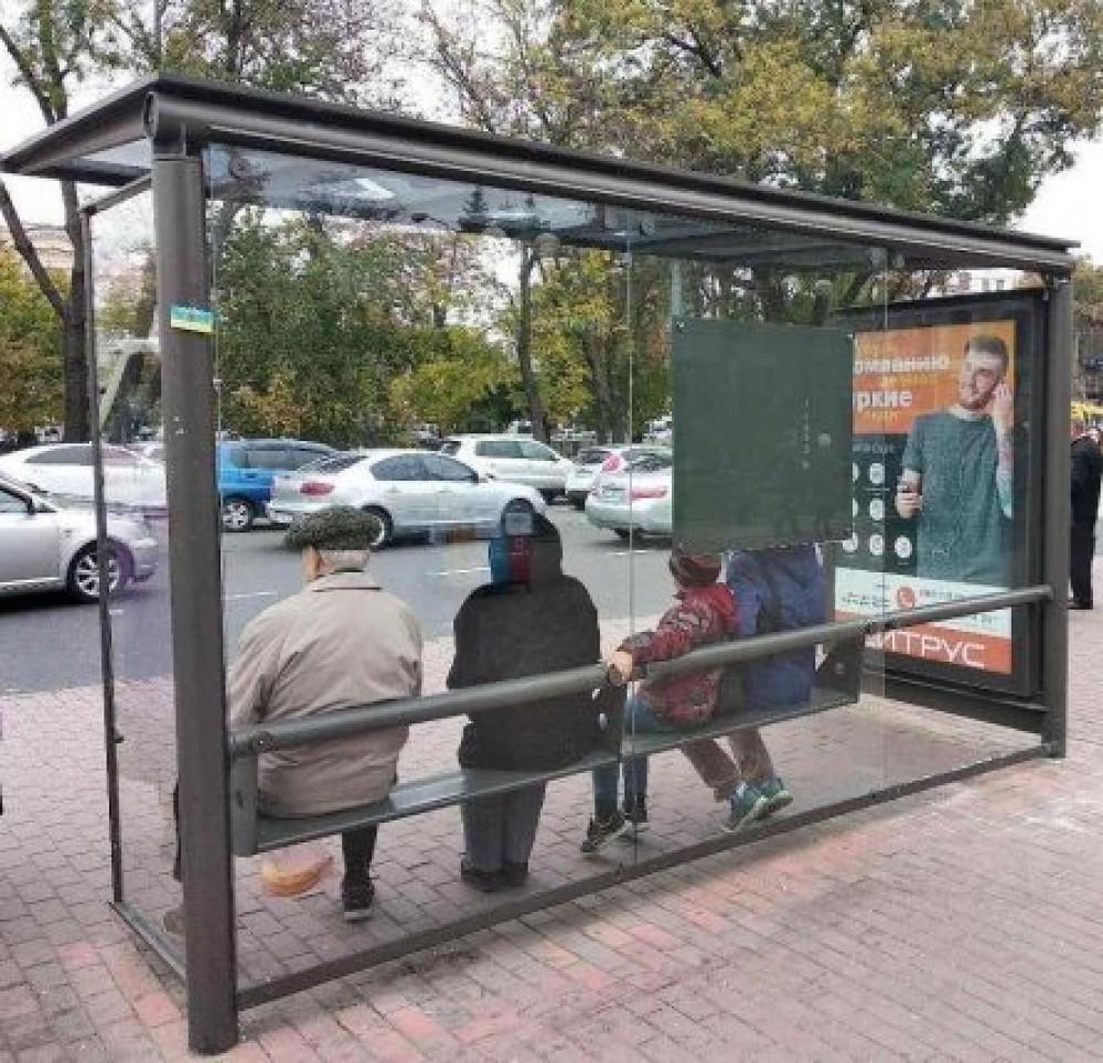 В Одессе установят 46 новых стеклянных остановок // Их закупят у сомнительной конторы за 4,7 млн грн