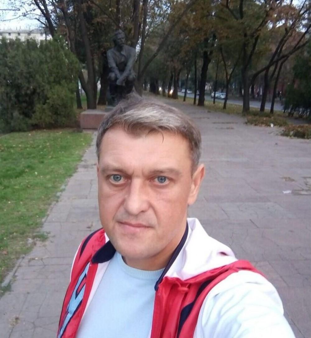 Футбольный арбитр Лисаковский впал в кому после огнестрельного ранения