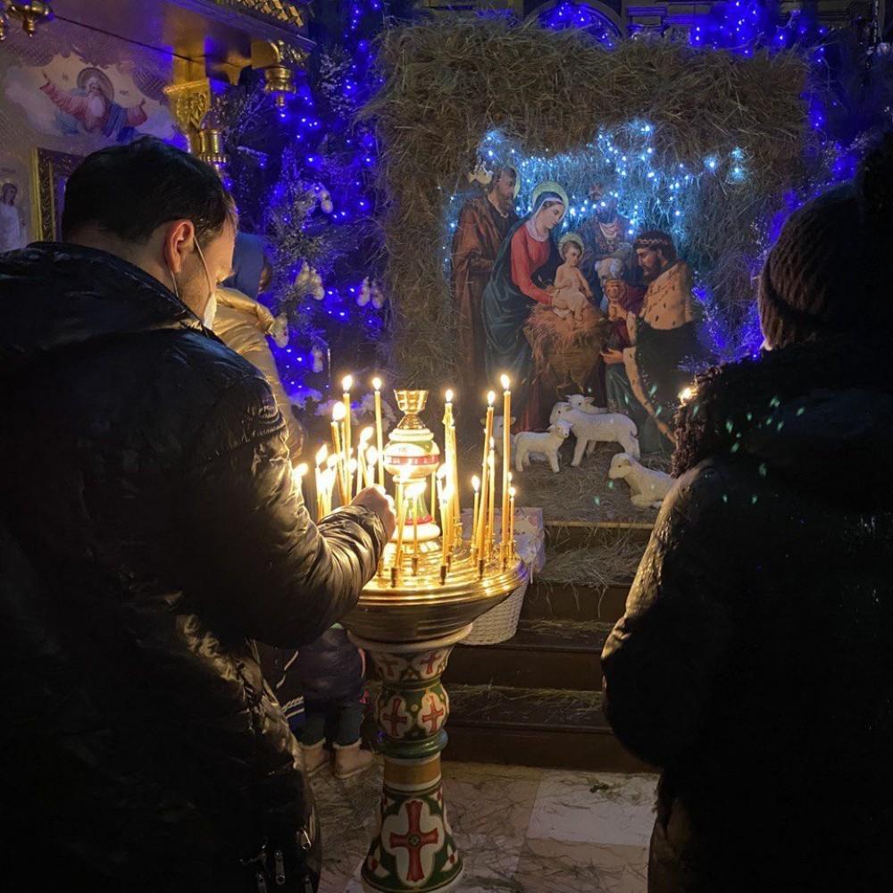 Как соблюдают карантинные ограничения в храмах Одессы