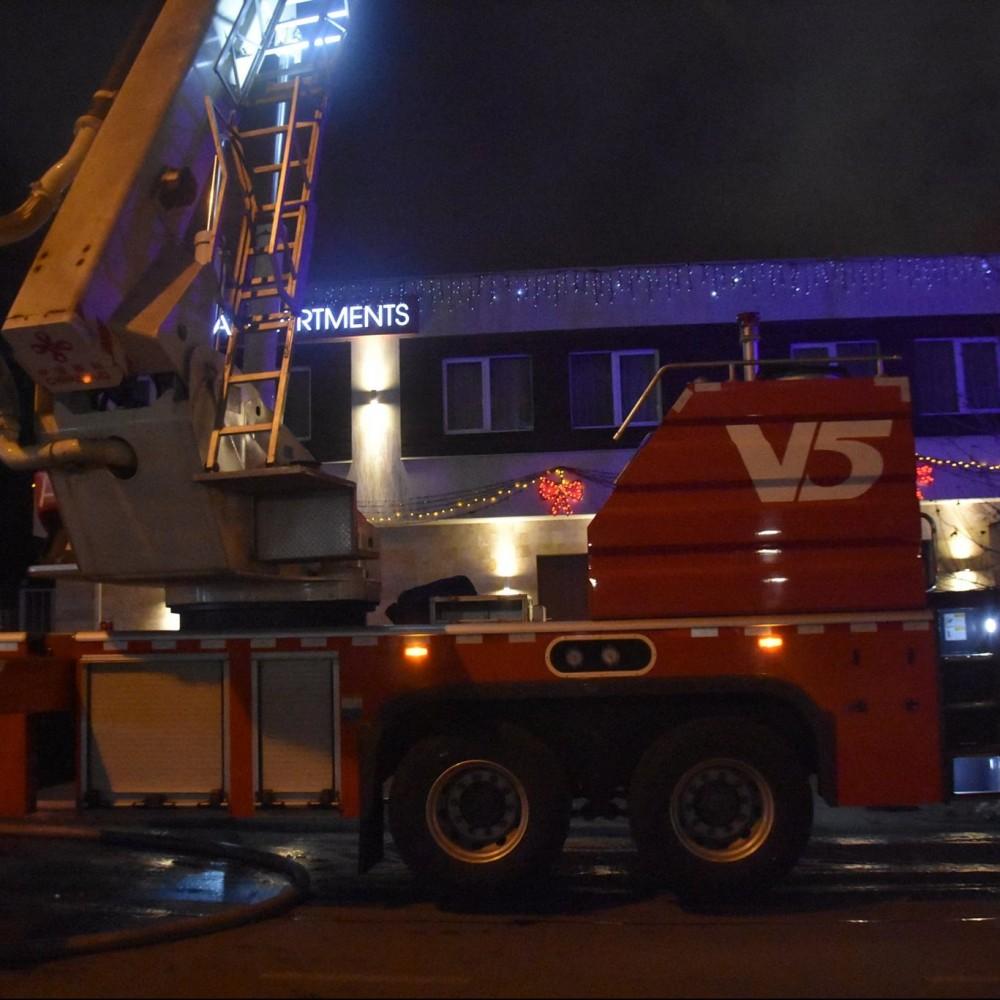 Владельцу сгоревшего отеля на Посмитного, где погибли 2 постояльца, сообщили о подозрении