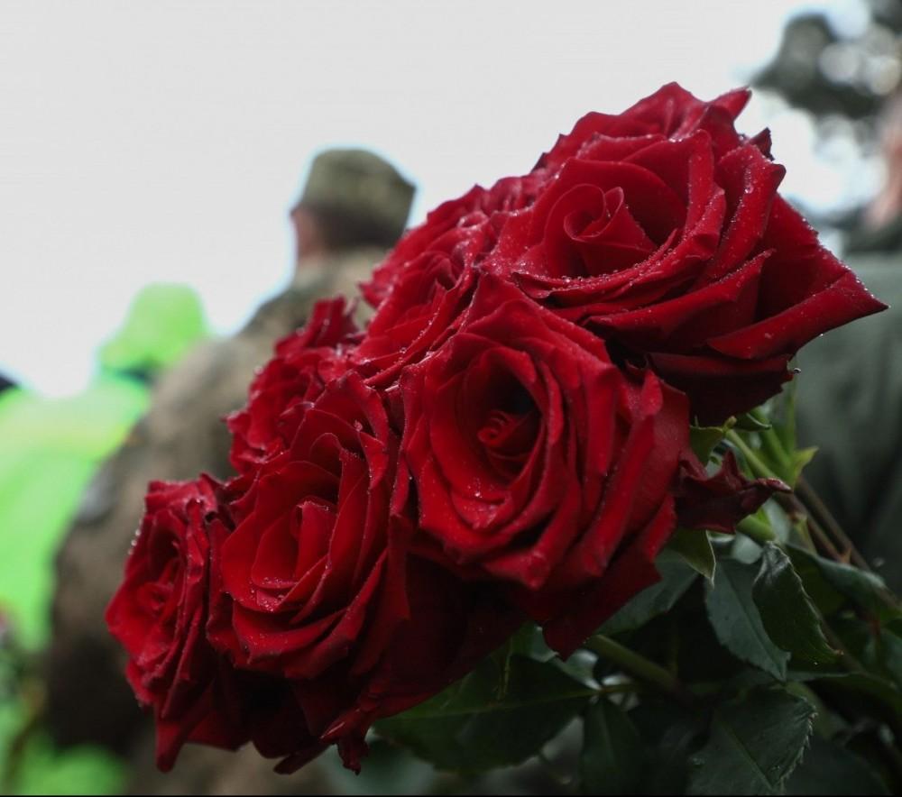 День памяти и примирения // В Одессе на Аллее Славы возложили цветы