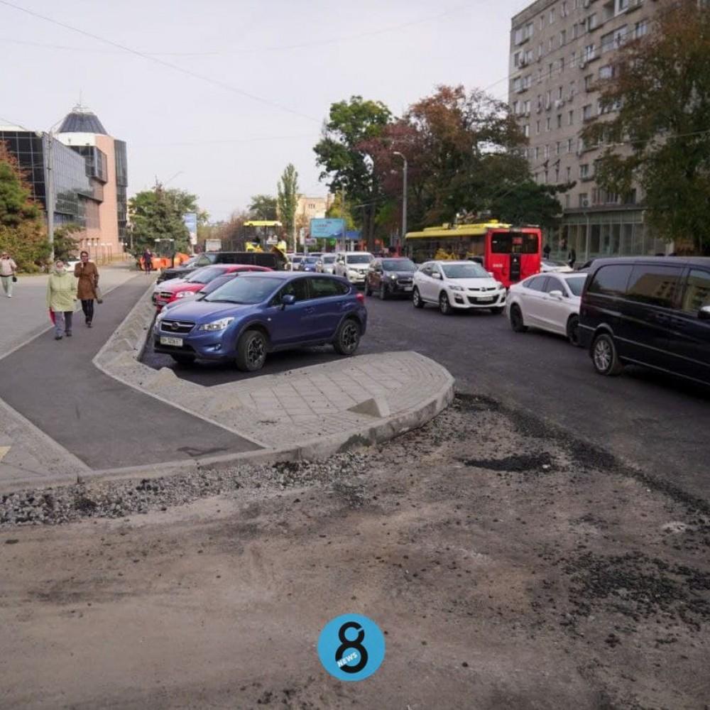 Капремонт Черняховского // «Ростдорстрой» дополнительно получит 16,5 млн грн