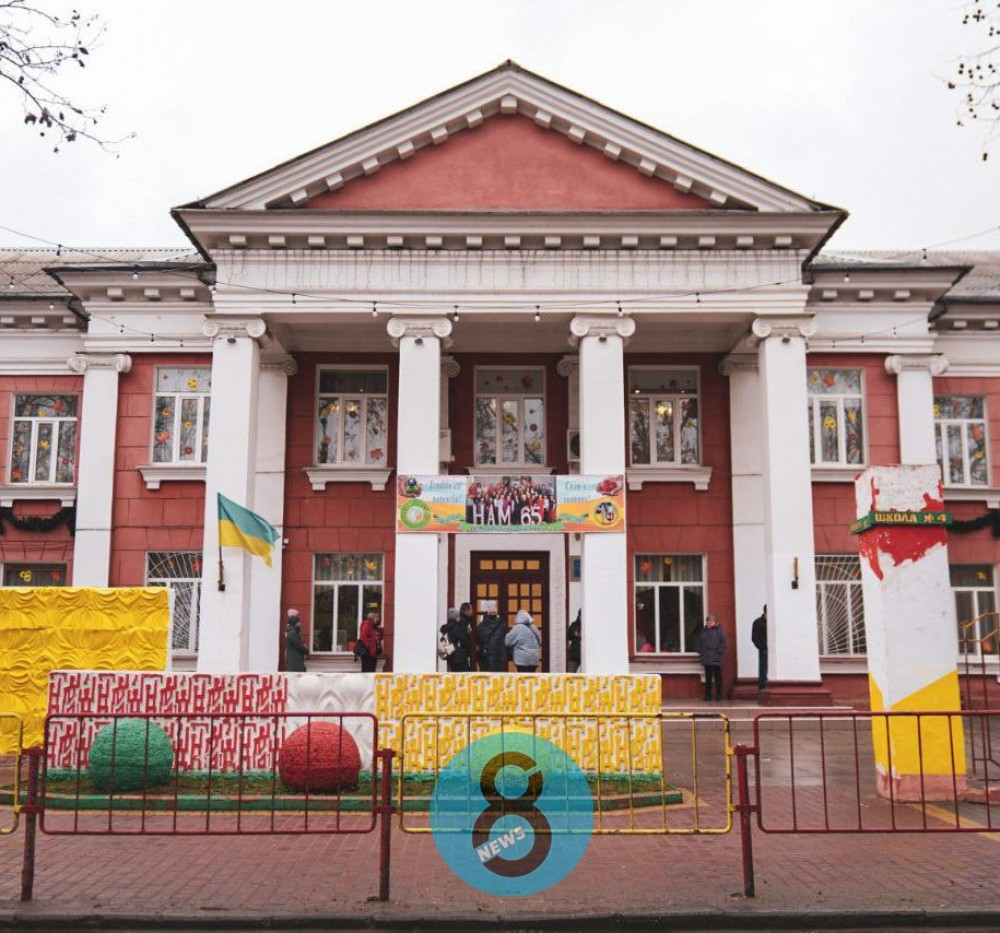 Скандальная фирма Тарпана может построить новый корпус гимназии на Адмиральском