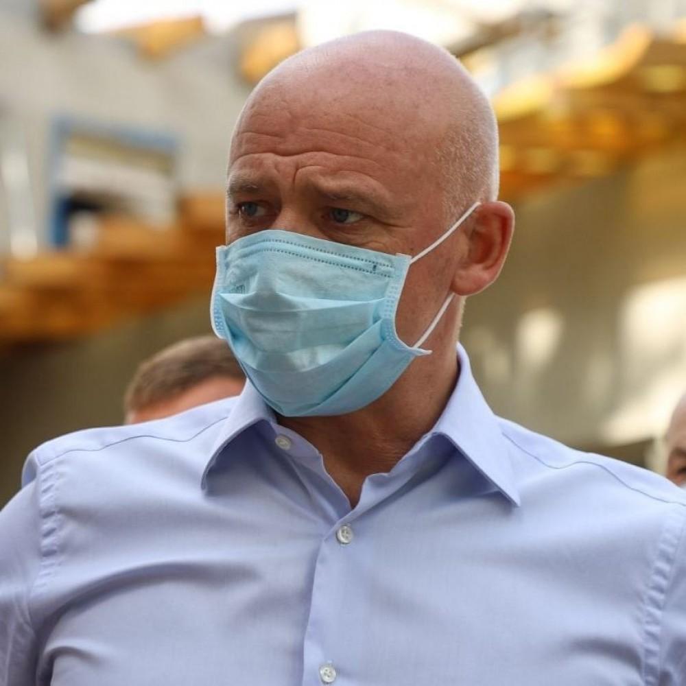 Мэра Одессы госпитализировали с ковидом