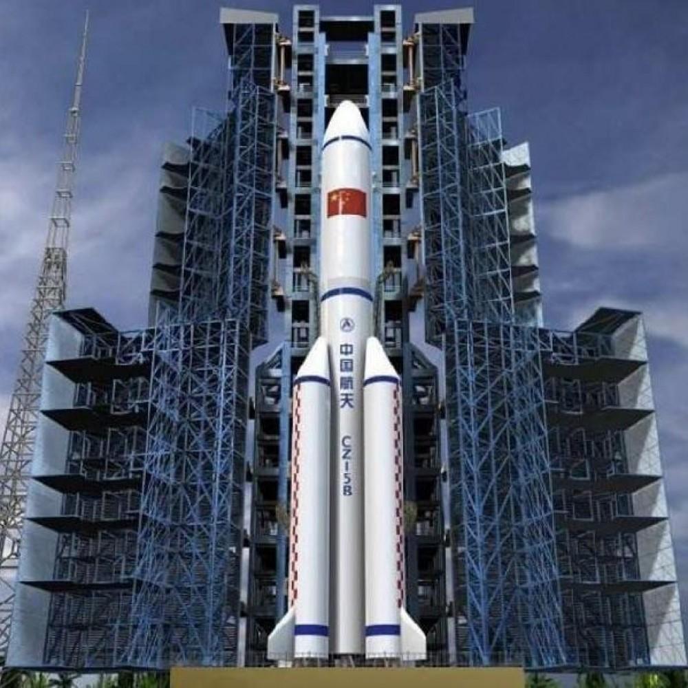 Больше не угроза // Китайская неуправляемая ракета упала в Индийский океан