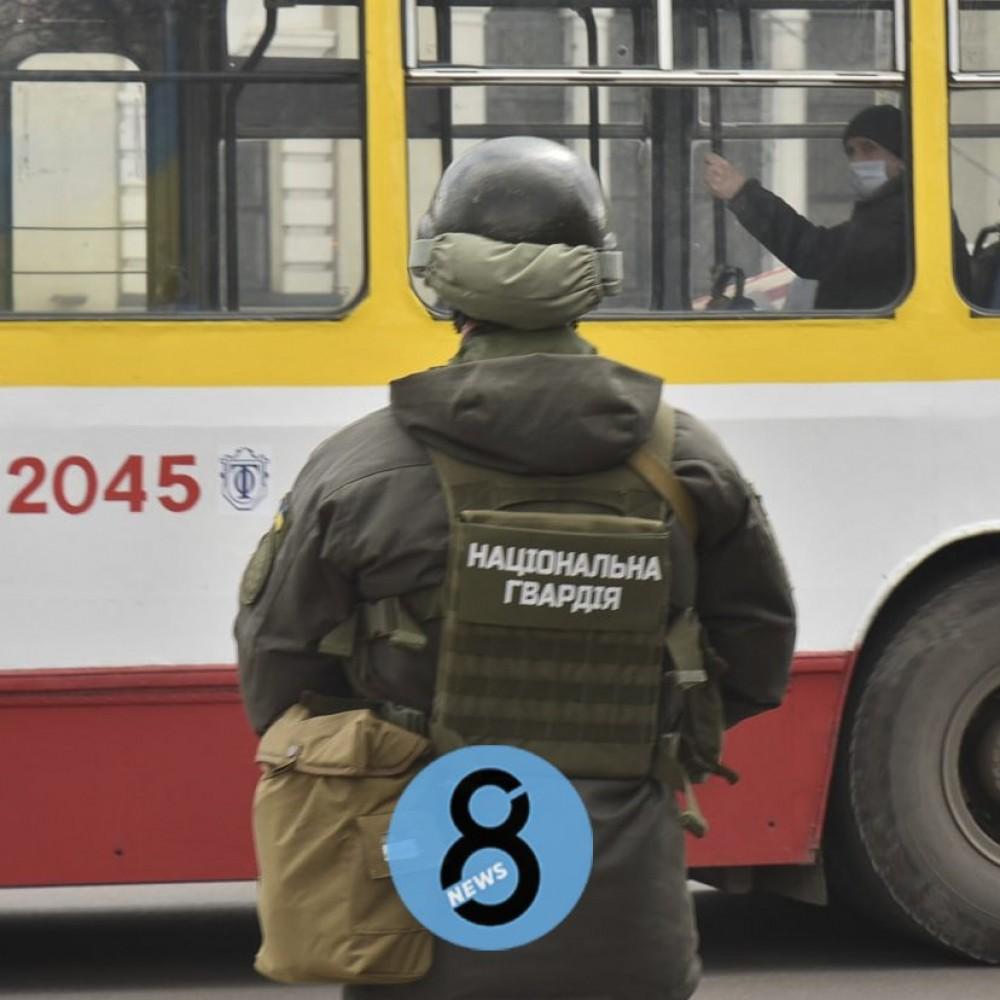 Бронетехника и пулеметчики // В Одессе проходят учения Нацгвардии