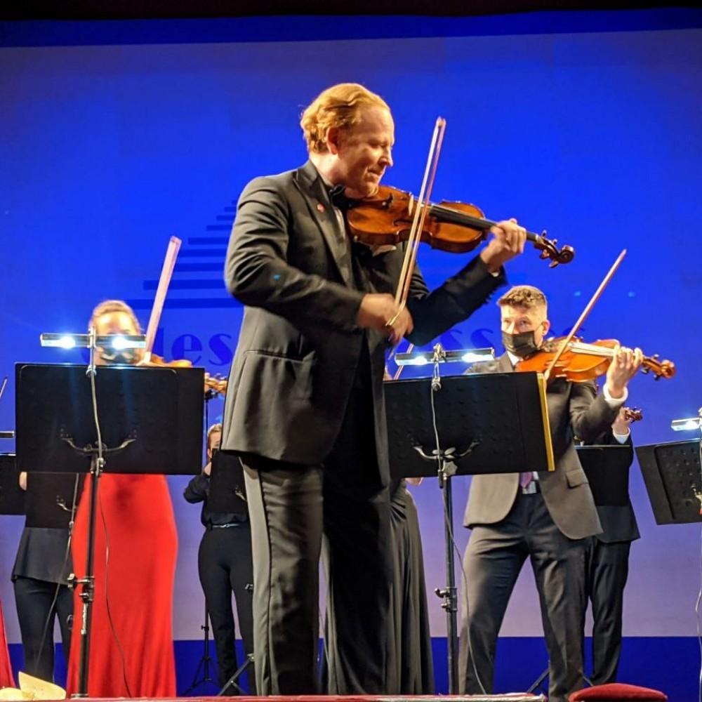Фестиваль Odessa Classics // Британский скрипач Даниэль Хоуп и Цюрихский камерный оркестр выступили в Оперном театре
