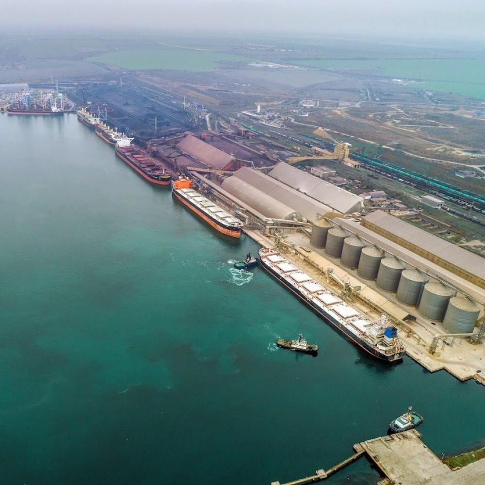 В порту ТИС масштабный пожар // Горят пустые складские помещения (Обновлено)