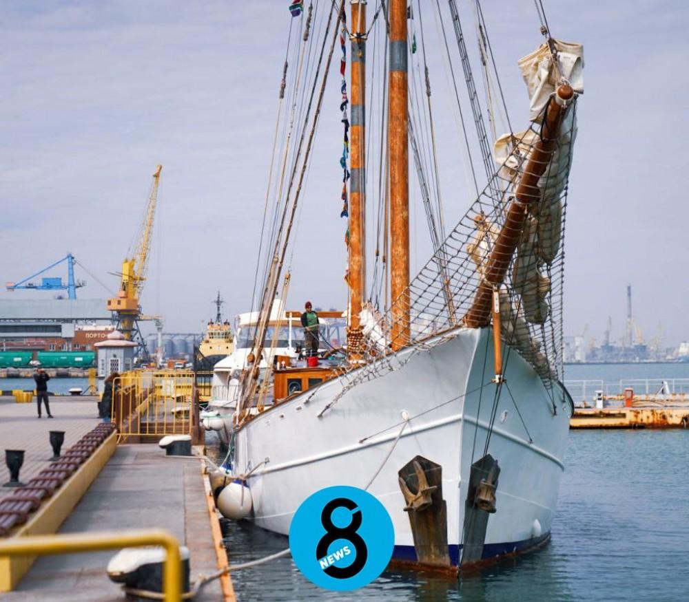 105-летняя парусная яхта после кругосветки пришвартовалась в Одесском порту