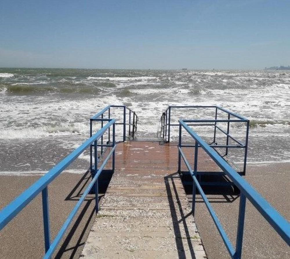 Еще один пляж для людей с инвалидностью // В одесской мэрии должны его сделать к следующему лету