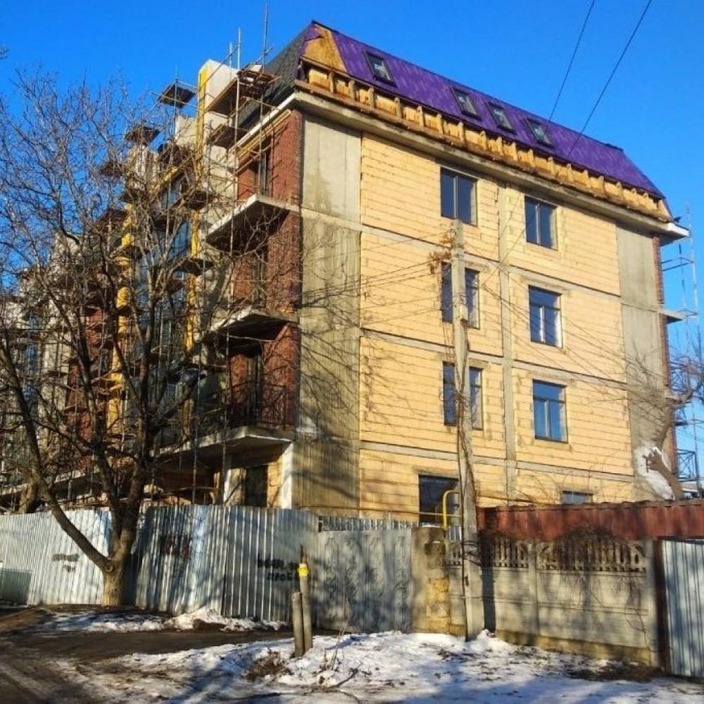 Многоэтажка в частном секторе // Мэрия просит не покупать квартиры в нахалстрое