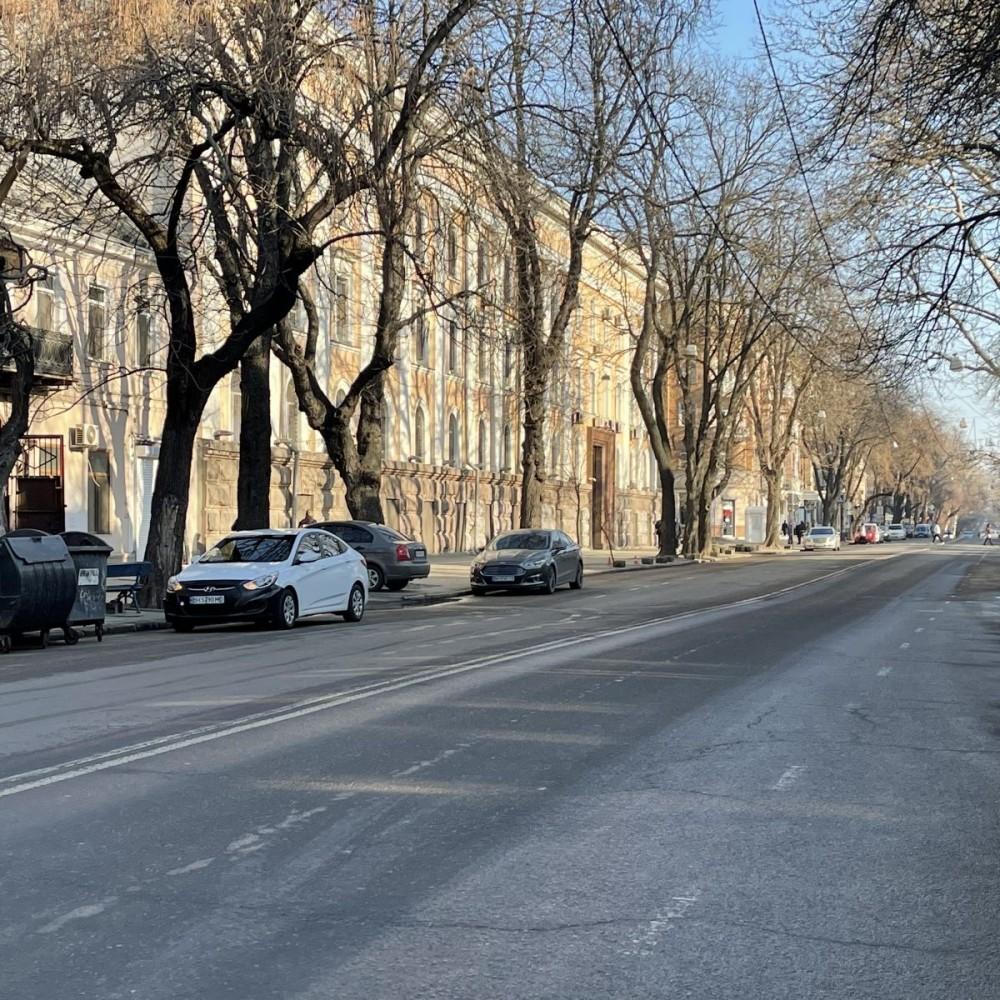 Коммунальщики обещают примарафетить Екатерининскую к началу туристического сезона // Что сделают