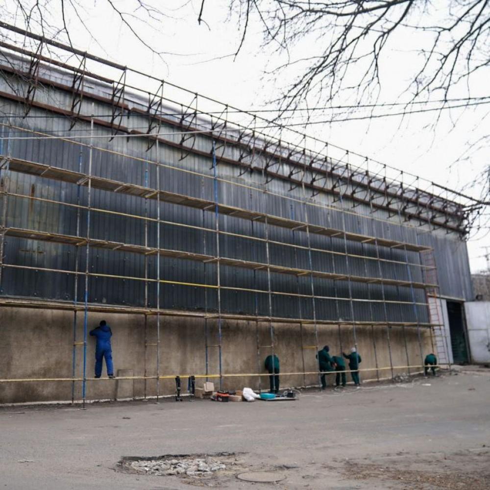 Капремонт «Олимпийца» подорожает // Облсовет объявил два тендера для завершения работ на объекте