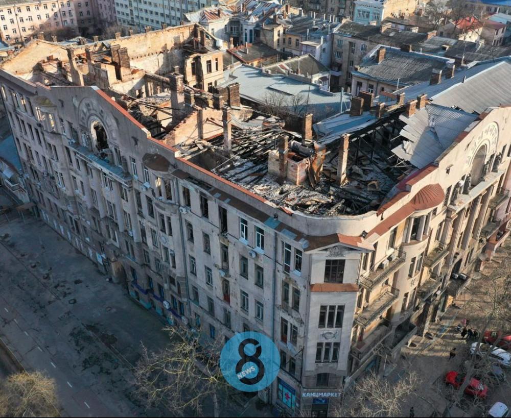 Сессия горсовета // Депутаты согласились принять на баланс города сгоревший дом Асвадурова