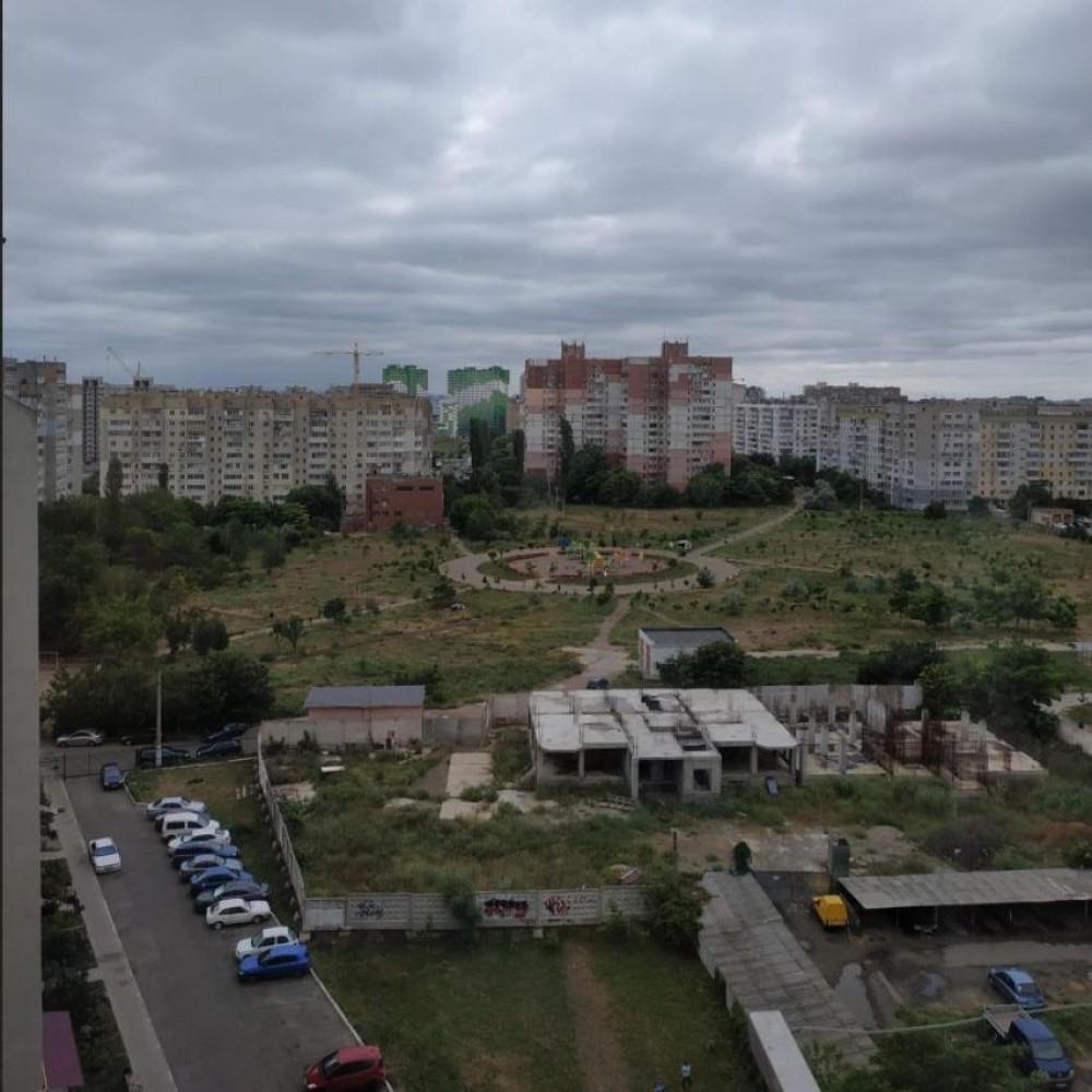 Строительство соцжилья на Высоцкого // Когда возобновят работы