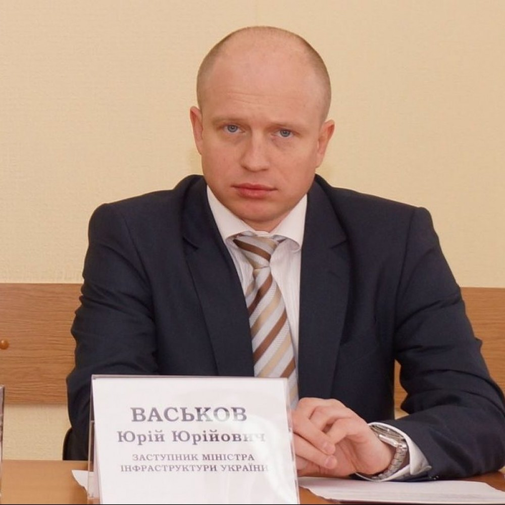 Кабмин назначил профильного зама министра инфраструктуры по морю