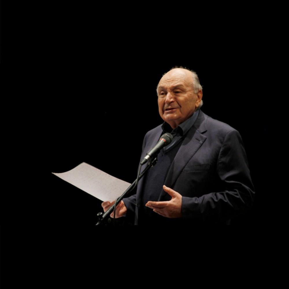 Умер легендарный сатирик Михаил Жванецкий // Реакция соцсетей