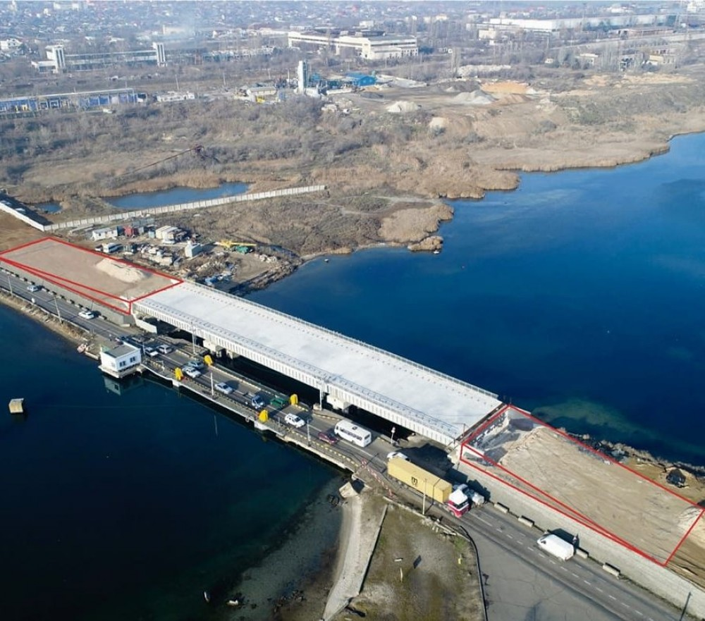 Мост-долгострой через Сухой лиман // Служба автодорог ищет подрядчика, который переделает проект за 9 млн грн