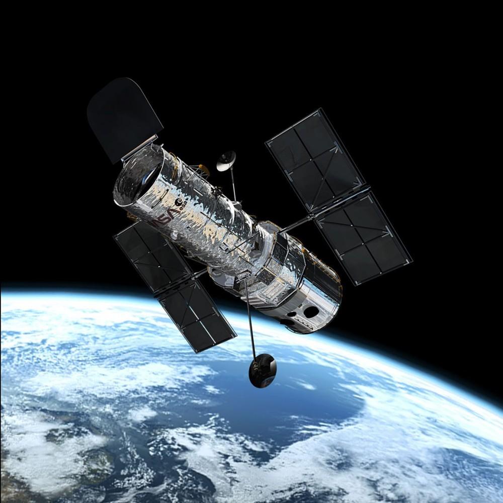 Невероятное зрелище // Телескоп Hubble прислал редкий снимок саморазрушающейся звезды