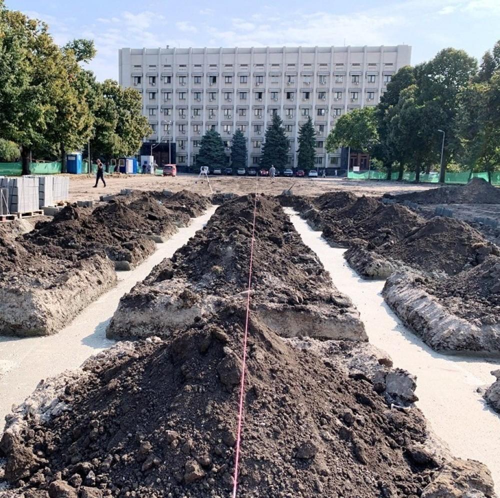 Стела, велодорожки и Wi-Fi // Возле ОГА готовятся к установке мемориала погибшим воинам