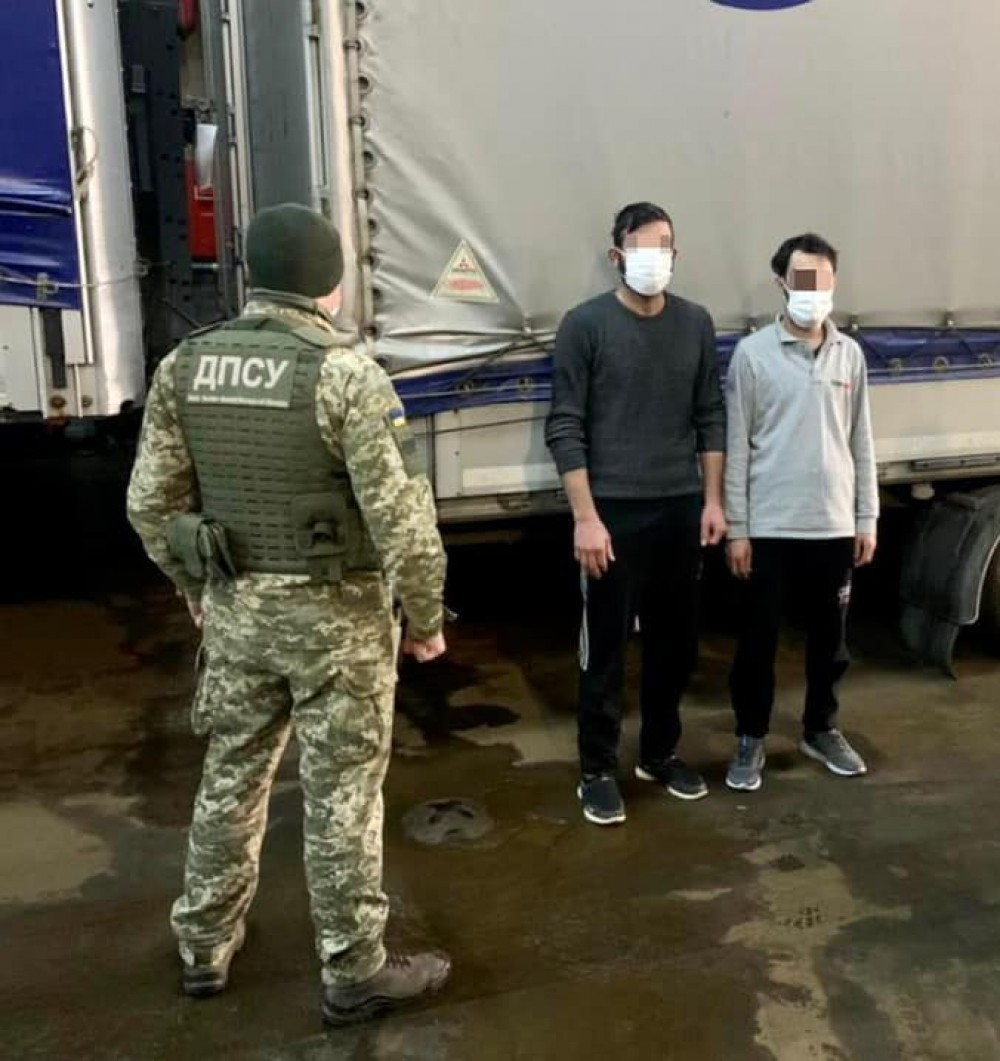 В Черноморском порту задержали двух нелегалов из Сирии