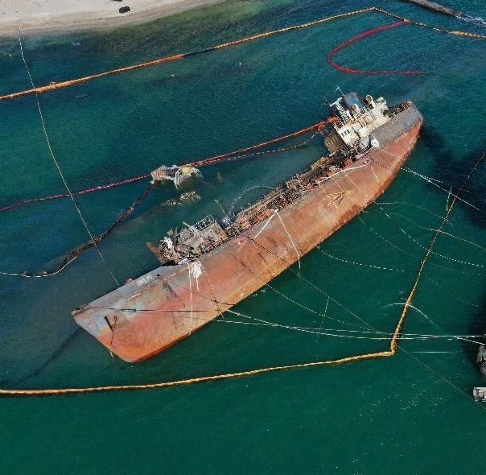 Правительство Украины хочет отсудить танкер Delfi у хозяина