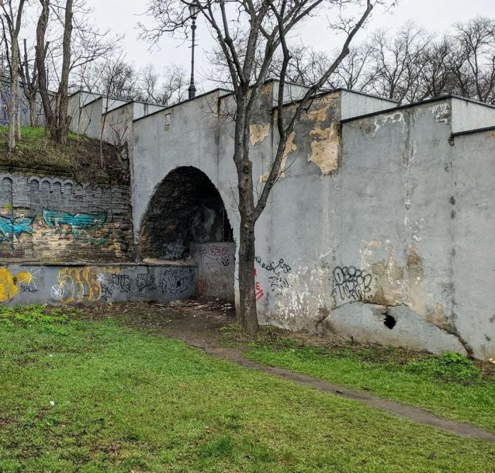 В мэрии отчитались о состоянии Потемкинской лестницы