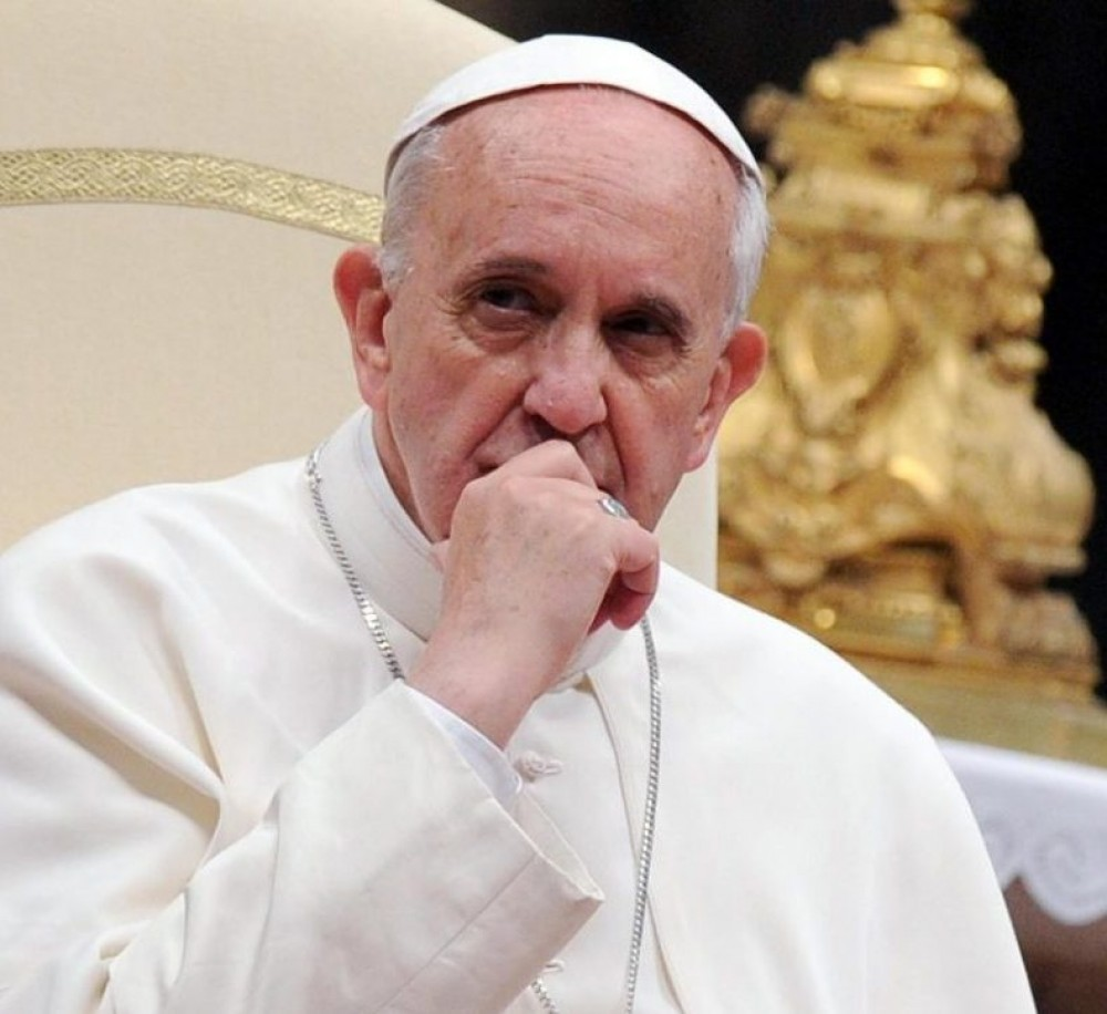 Папа Римский Франциск урезает зарплату кардиналам из-за дефицита в бюджете