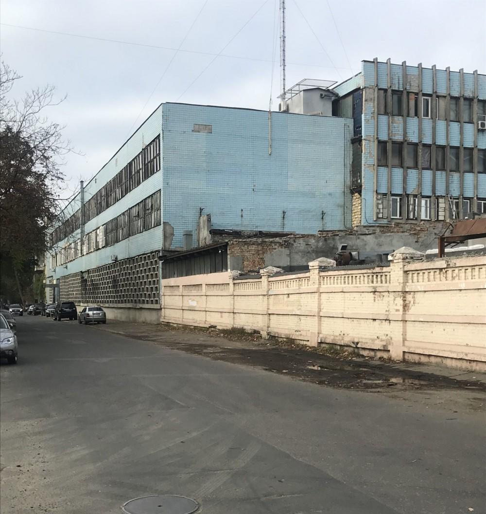 Винный завод на Французском бульваре сдадут в аренду // Фонд госимущества объявил аукцион