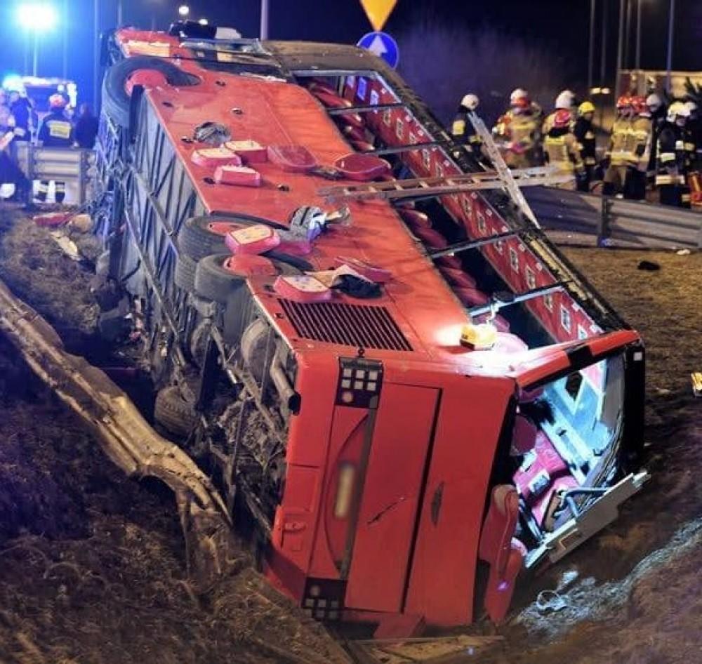 В Польше разбился автобус с украинцами // 6 человек погибли, 35 в больнице