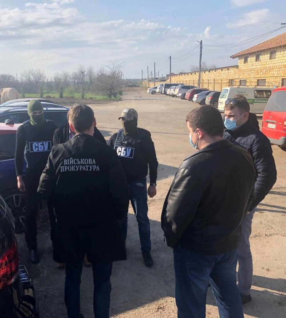 В Одессе начальник регионального «Военторгсервиса» попался на крупной взятке