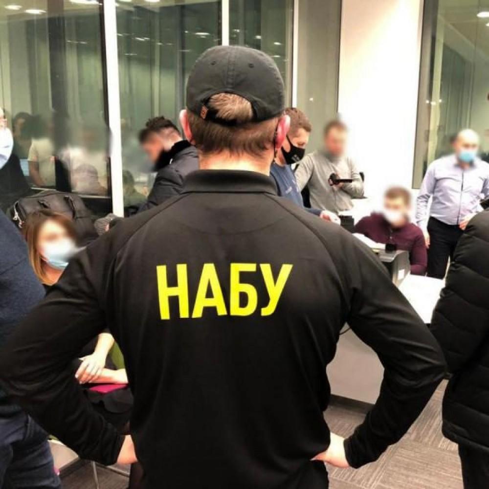Директор Черноморского порта попался на крупной взятке в 250 000 баксов