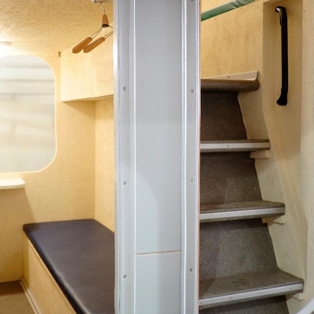 Украинская компания придумала, как сделать обычные купе поездов двухэтажными