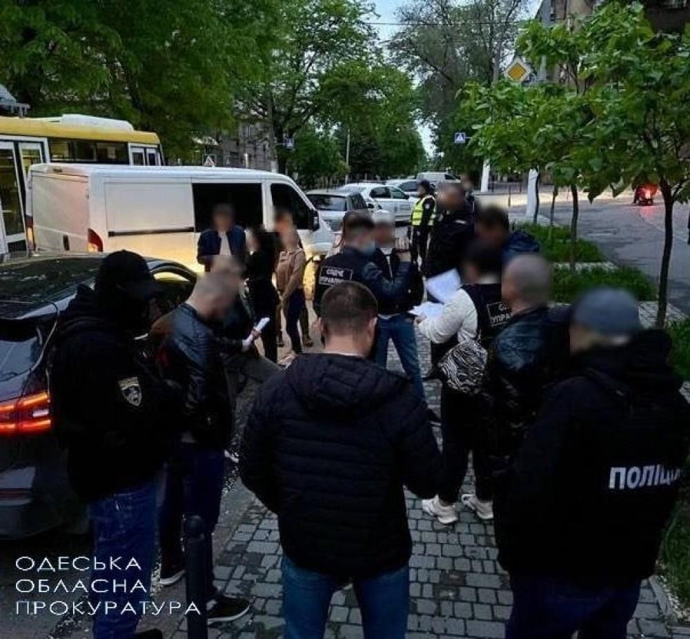 В Одессе задержали копов-сутенеров
