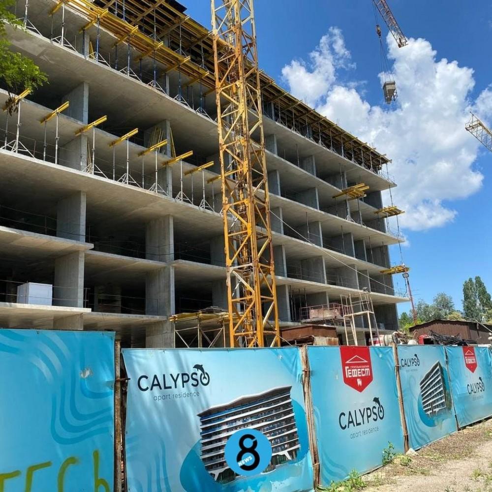 «Гефест» возобновил строительство ЖК на Трассе здоровья