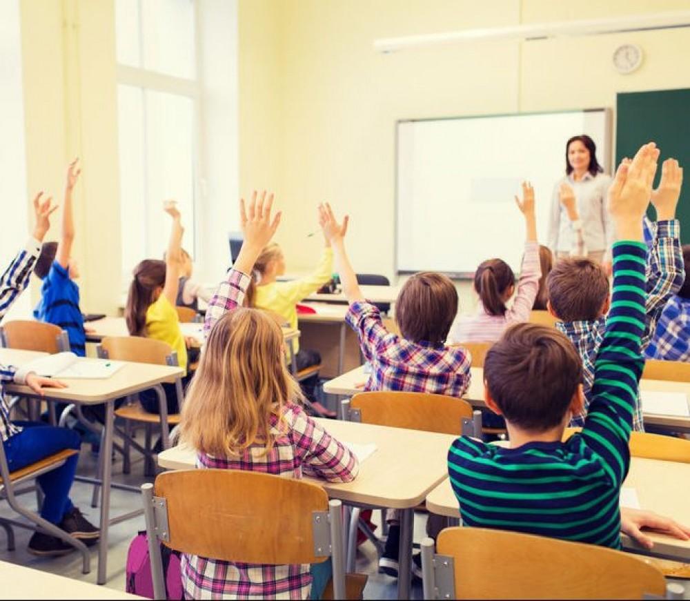 Школы Одессы переполнены // Город и район решают, куда девать детей из области