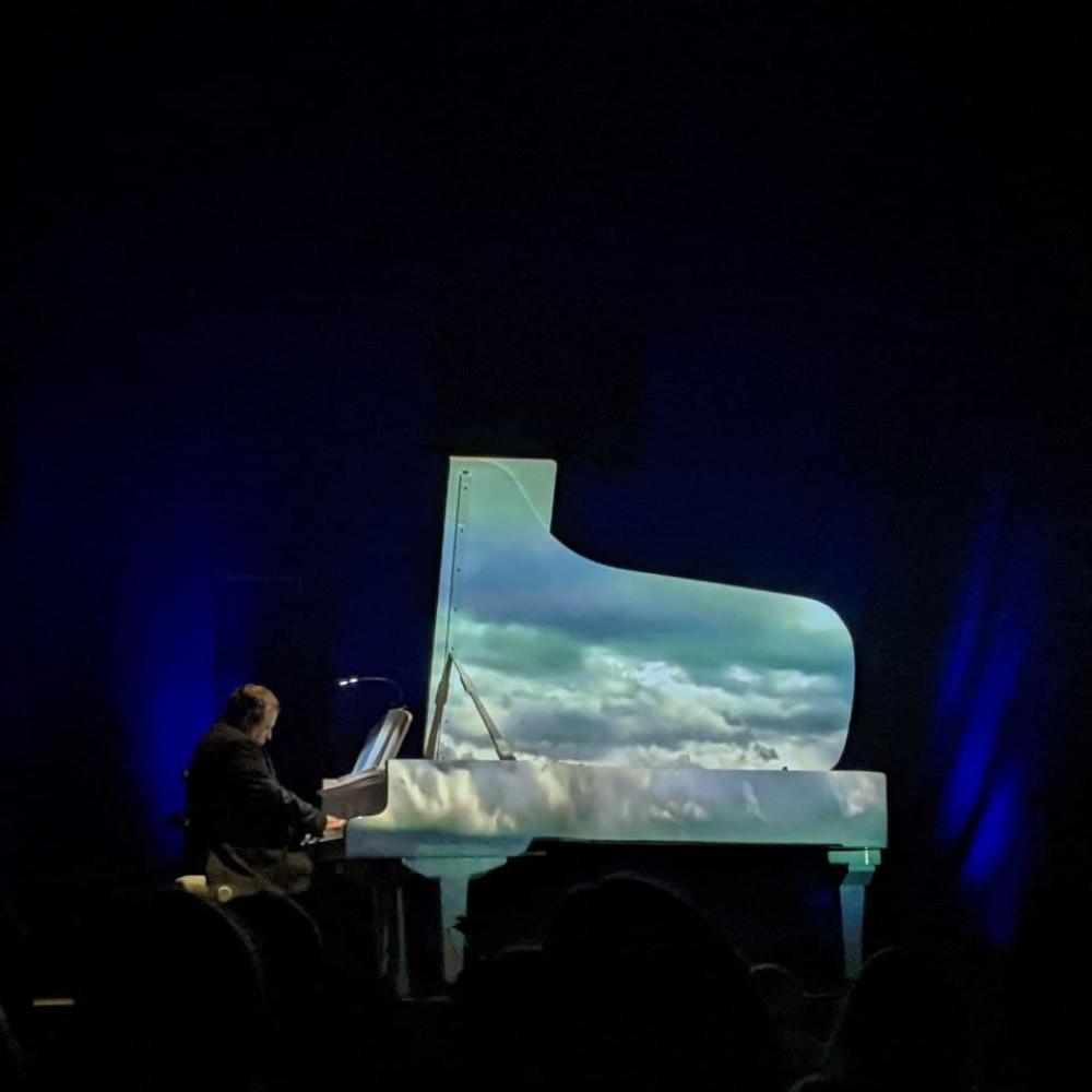 Piano Light Show // В Одессе прошел благотворительный концерт Алексея Ботвинова