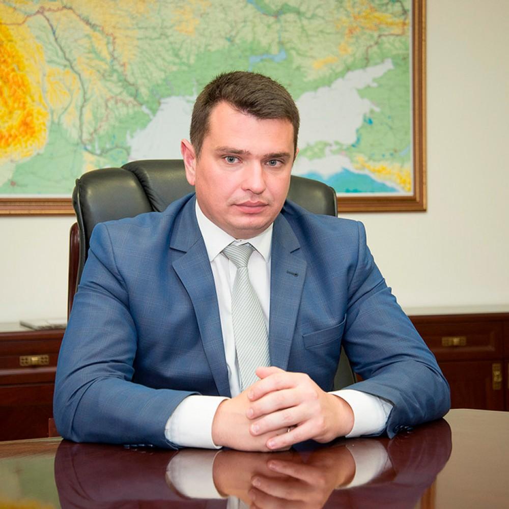 Суд постановил уволить директора НАБУ Артёма Сытника
