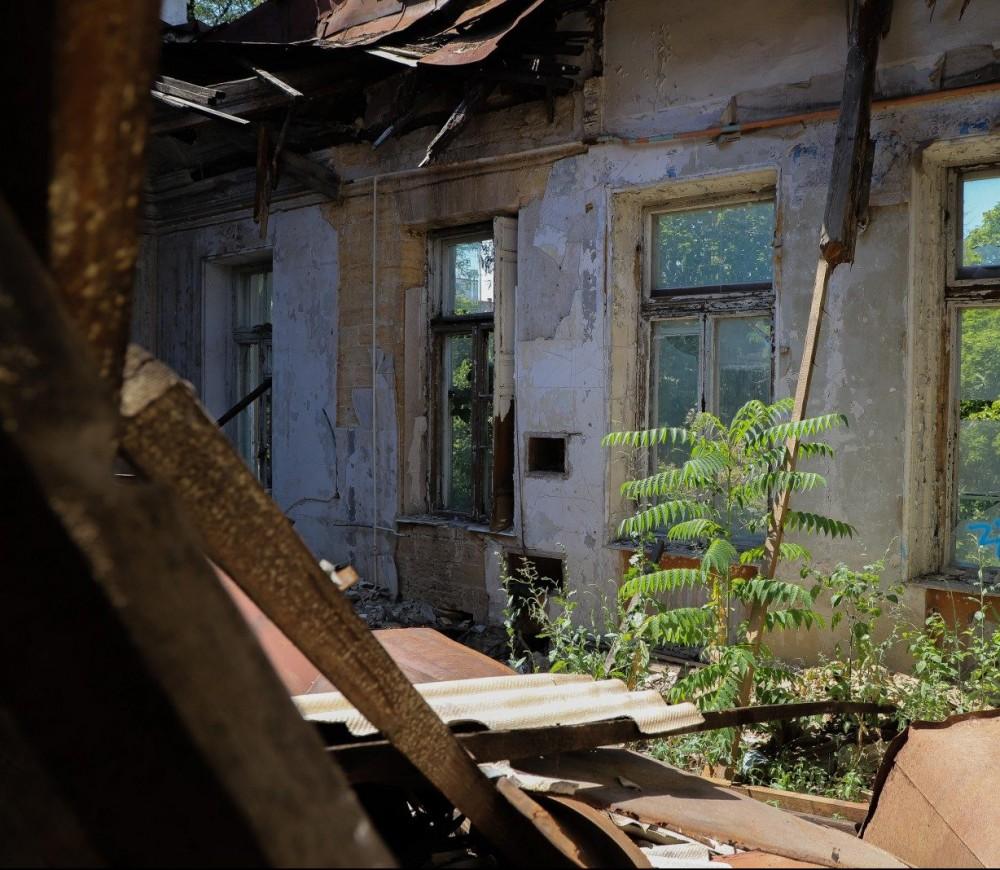 Реставрация Дома Гоголя откладывается // Нет нужных документов