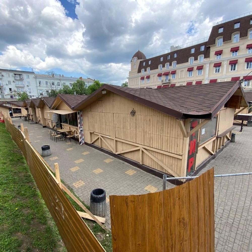 Городской ГАСК судится с городским департаментом архитектуры из-за ярмарки на Дерибасовской